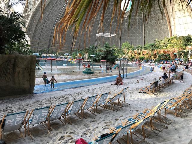 Park rozrywki Tropical Island pod Berlinem